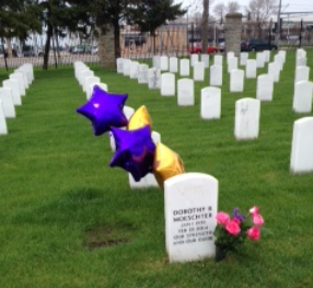 mom_grave_cropped_051114_mothers_day