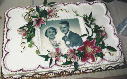 mom_dad_cake